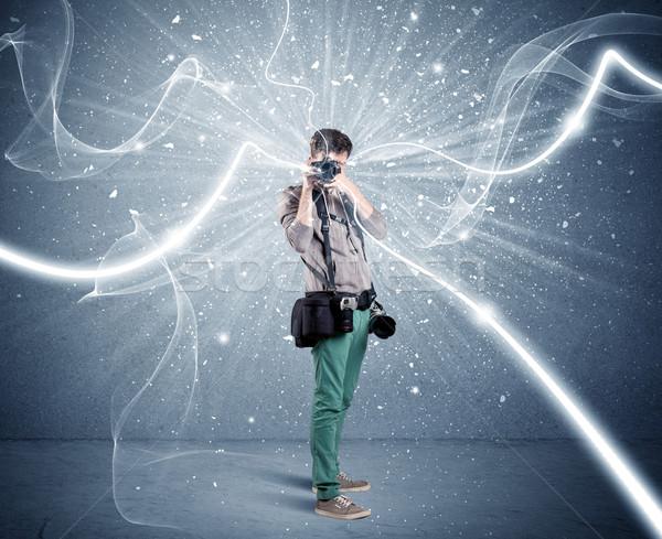 Profissional fotógrafo dinâmico linhas jovem amador Foto stock © ra2studio