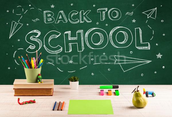 Okula geri tahta öğrenci büro yazı elma Stok fotoğraf © ra2studio