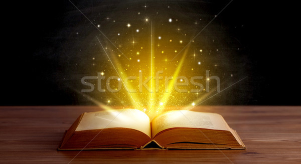 Amarelo luzes livro livro aberto projeto fundo Foto stock © ra2studio