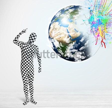 Komik adam vücut takım elbise bakıyor renkli Stok fotoğraf © ra2studio