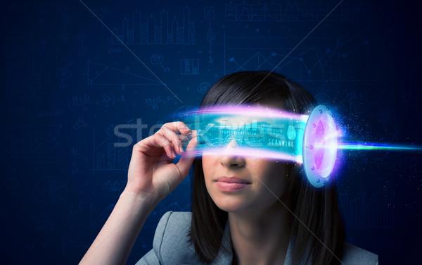 Foto d'archivio: Donna · futuro · alto · tech · smartphone · occhiali