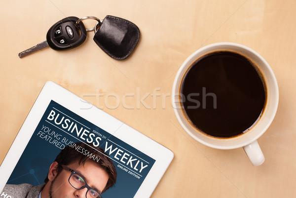 Werkplek tonen magazine dekken beker Stockfoto © ra2studio