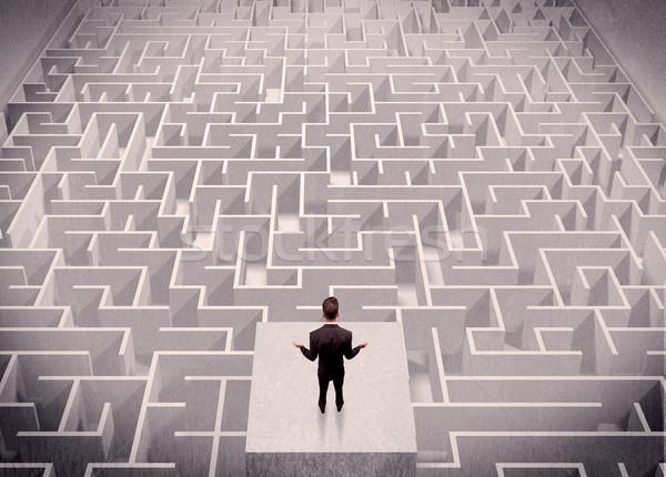 Сток-фото: бизнесмен · глядя · путать · мышления · Постоянный