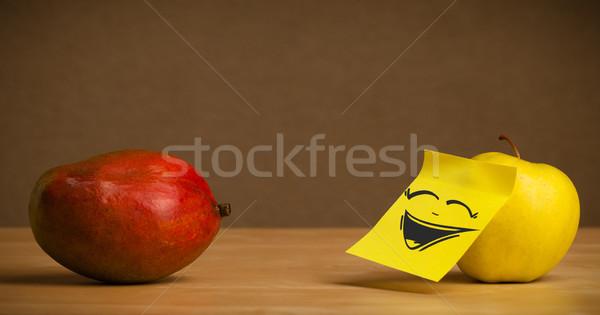 ストックフォト: リンゴ · 注記 · 笑い · マンゴー · 幸せ