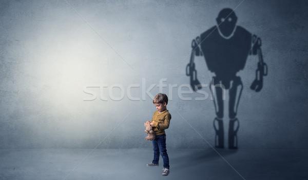 Cień cute mały chłopca obraz duży Zdjęcia stock © ra2studio