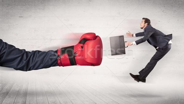Brazo guantes de boxeo oficinista rojo negocios fuego Foto stock © ra2studio