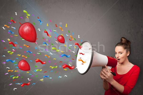Stok fotoğraf: Genç · kız · megafon · balonlar · konfeti