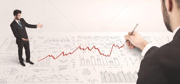 Stock fotó: üzletember · néz · piros · nyíl · rajzolt · kéz