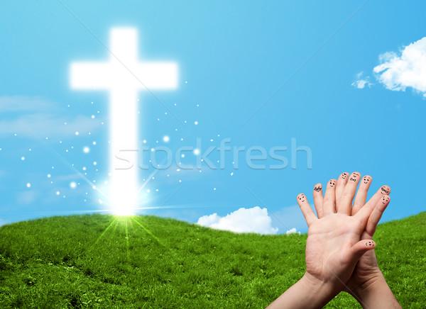Gelukkig vinger smileys christelijke godsdienst kruis Stockfoto © ra2studio