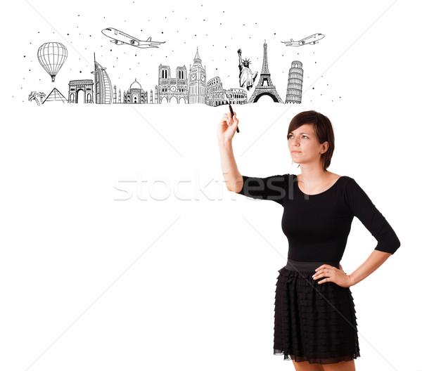 Foto stock: Mulher · jovem · desenho · famoso · cidades · isolado