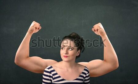 Sterke armen mooie jonge vrouw vrouw meisje Stockfoto © ra2studio