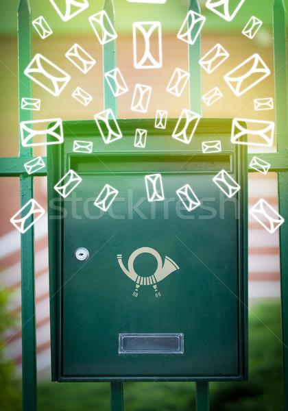 Poczty list ikona zielone papieru Zdjęcia stock © ra2studio