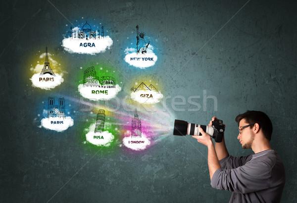Touristiques photographe garçon célèbre Photo stock © ra2studio