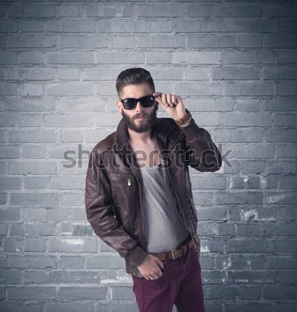 Moda model tuğla kentsel duvar şık Stok fotoğraf © ra2studio