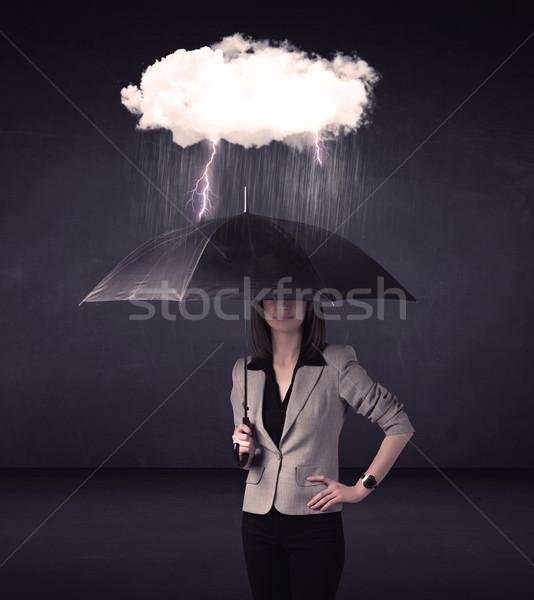 Foto stock: Mujer · de · negocios · pie · paraguas · pequeño · tormenta · nube