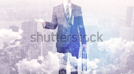 Zakenman permanente stad business man Stockfoto © ra2studio