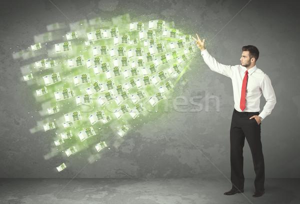 小さな 事業者 お金 女性 女性 ストックフォト © ra2studio