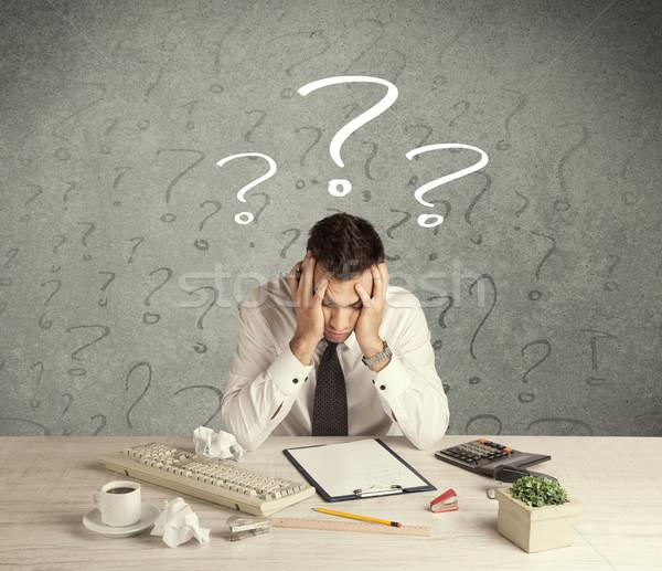 Imprenditore desk punto di domanda confusi occupato elegante Foto d'archivio © ra2studio