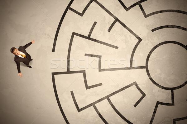 потеряли деловой человек глядя способом лабиринт Сток-фото © ra2studio
