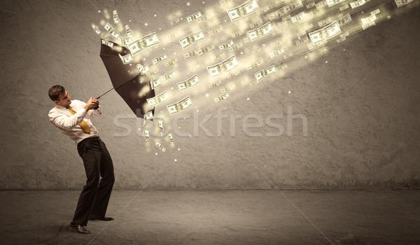 Foto stock: Hombre · de · negocios · paraguas · dólar · lluvia · sucio