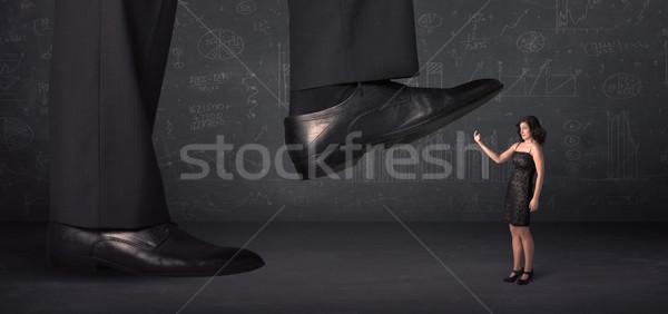 Enorme gamba minuscolo donna sfondo suit Foto d'archivio © ra2studio