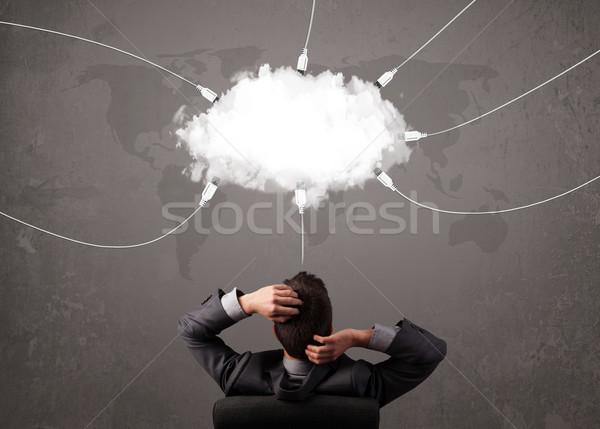 Joven mirando nube transferir mundo servicio Foto stock © ra2studio