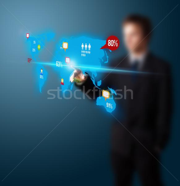 üzletember kisajtolás közösségi média gomb digitális térkép Stock fotó © ra2studio