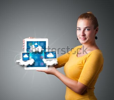Stockfoto: Jonge · vrouw · tablet · moderne · wolken