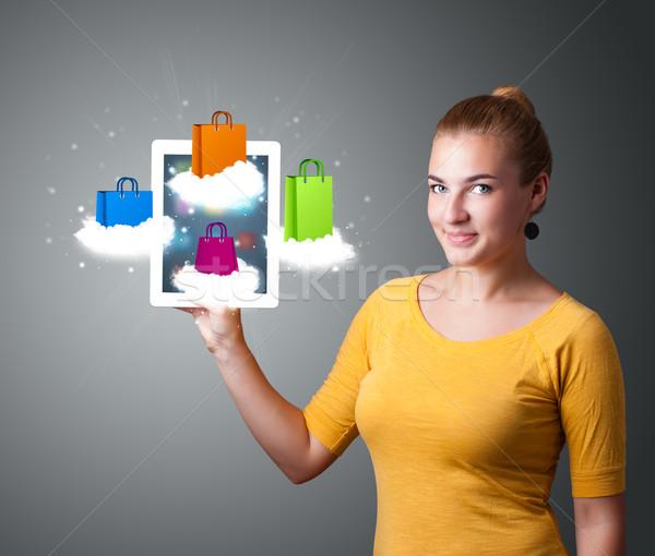 Stockfoto: Mooie · vrouw · moderne · tablet · kleurrijk