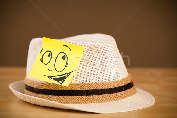 Jegyzet mosolygós arc kalap rajzolt papír arc Stock fotó © ra2studio