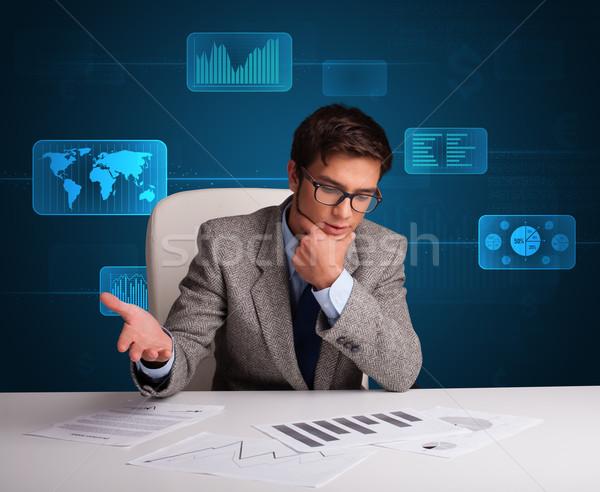 Foto stock: Empresário · papelada · digital · futurista · escritório · papel