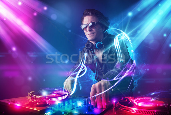 Energikus zene erőteljes fényeffektusok fiatal buli Stock fotó © ra2studio