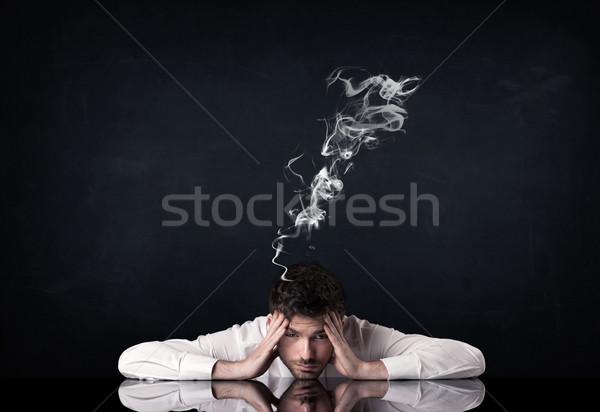 Foto stock: Deprimido · empresario · fumar · cabeza · jóvenes · sesión