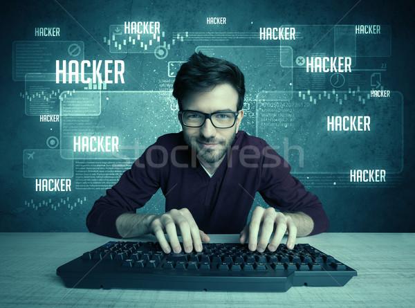 Hacker klavye gözlük genç yakışıklı inek öğrenci Stok fotoğraf © ra2studio