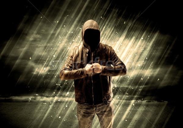 Pericoloso penale piedi sigaretta pioggia Foto d'archivio © ra2studio