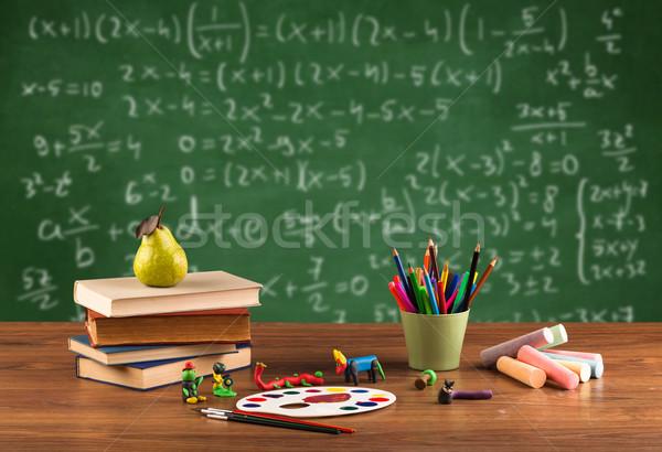 Foto stock: Matemática · classe · estudante · escolas · secretária · de · volta · à · escola