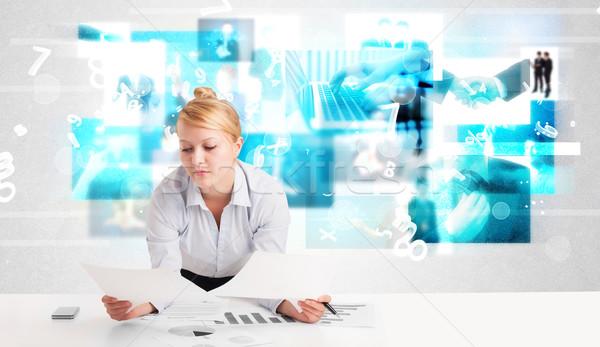Stock fotó: üzletember · asztal · modern · tech · képek · kék