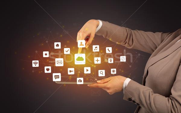 Hand tablet toepassing iconen boven Stockfoto © ra2studio