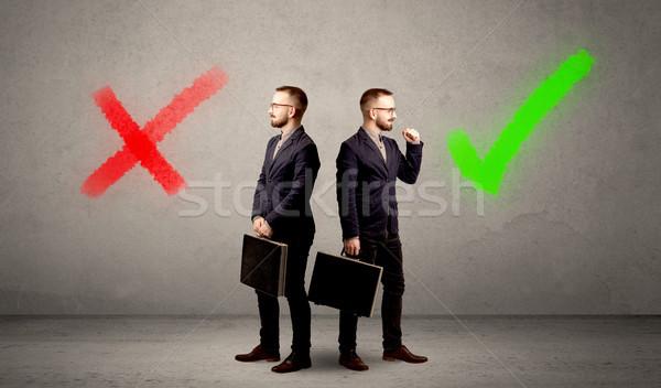 Stock fotó: üzletember · kettő · lehetőségek · fiatal · választ · helyes