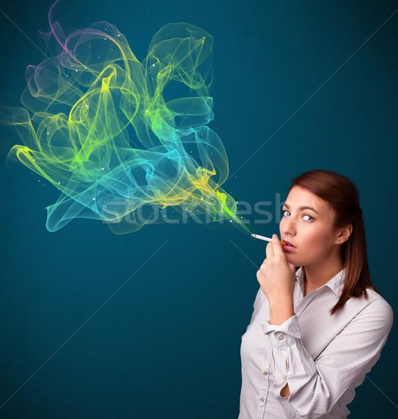 Stockfoto: Mooie · dame · roken · sigaret · kleurrijk · rook