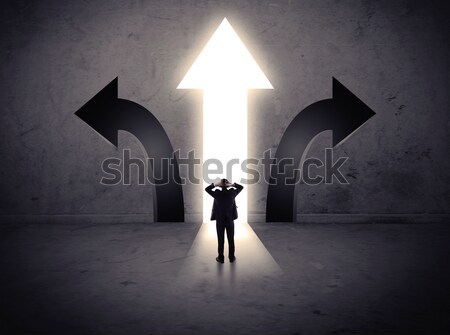 Zakenman permanente sterke held visie Stockfoto © ra2studio