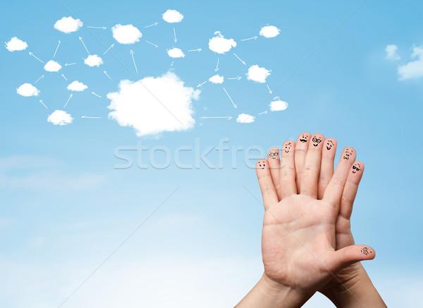 Doigt réseau cloud visages main ordinateur Photo stock © ra2studio