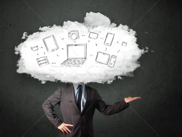 Professionnels homme d'affaires réseau cloud tête internet technologie Photo stock © ra2studio