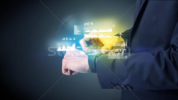 Stockfoto: Zakenman · graphics · charts · man · technologie