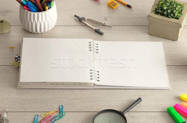 Notebook Stock Büro Werkzeuge leer Holzfußboden Stock foto © ra2studio