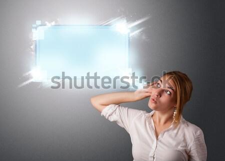 Stock fotó: Fiatal · nő · absztrakt · modern · szövegbuborék · copy · space · nő