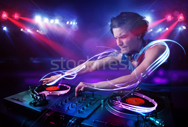 Discotecário jogar música luz viga efeitos Foto stock © ra2studio
