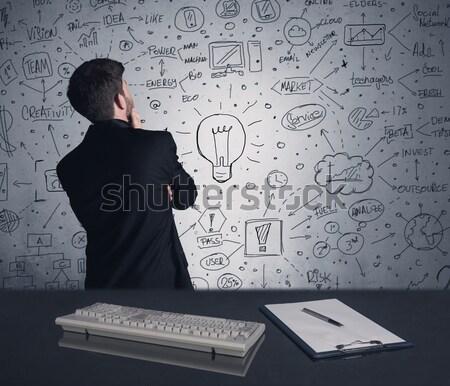 商人 寫作 戰略 計劃 牆 智能 商業照片 © ra2studio