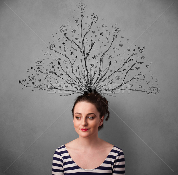 ストックフォト: 若い女性 · 行 · 外に · 頭 · かなり · 思考