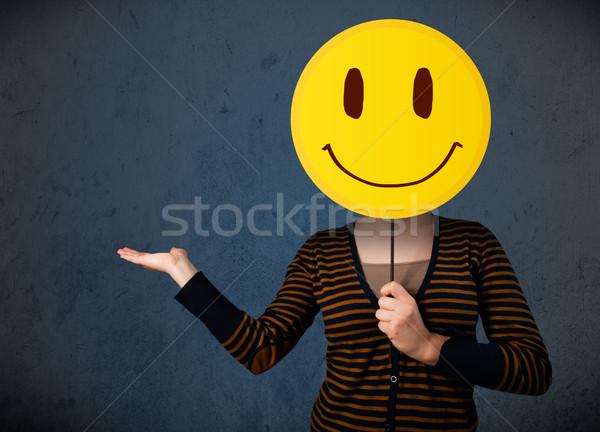 Cara sonriente emoticon jóvenes dama Foto stock © ra2studio
